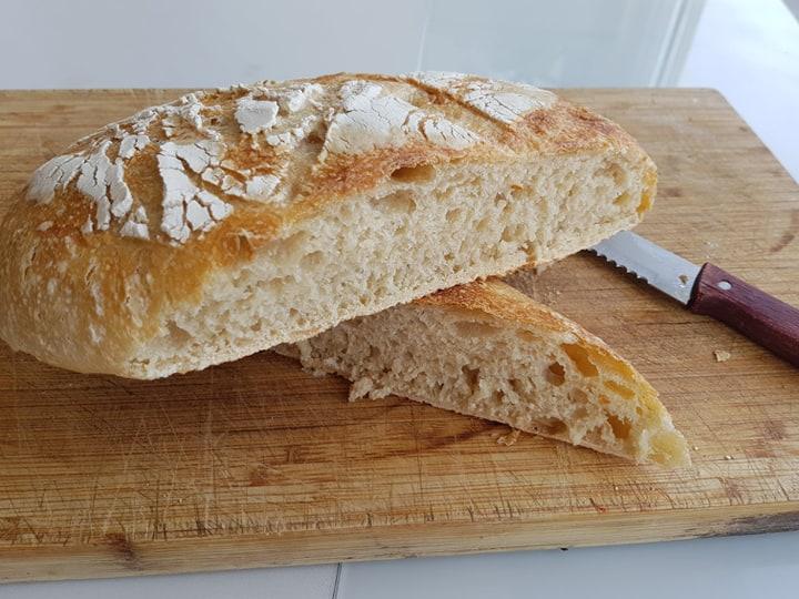 Pan de pueblo con masa madre